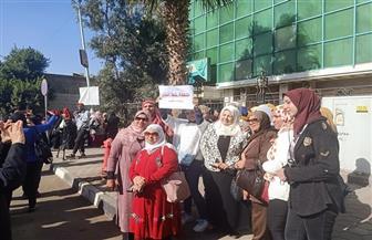 «إلا الخلع».. نساء مصر ترفض التنازل عن أي مكسب من مكاسب المرأة   صور
