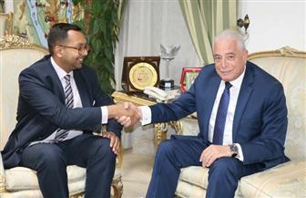 محافظ جنوب سيناء يستقبل نائب السفير البريطاني لتعزيز عودة السياحة إلى شرم الشيخ | صور
