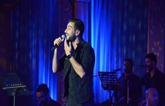 برغم قرار منعه من الغناء.. الشرنوبي مستمر في حفله بمهرجان الموسيقى العربية لهذا السبب