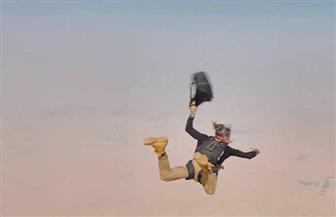 محمد إمام يشوق جمهوره بصورة خطيرة من فيلم لص بغداد