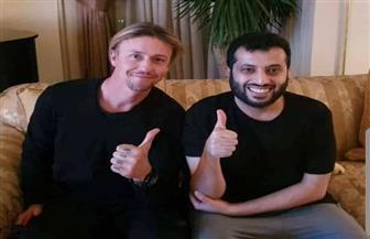 تركي آل الشيخ ينشر صورة مع نجم ريال مدريد بالقاهرة.. ويعد بمفاجأة قريبا