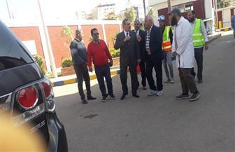 محافظ كفرالشيخ الجديد يتفقد شوارع حى غرب والمستشفى العام | صور