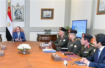 الرئيس السيسي يجتمع مع رئيس الهيئة الهندسية للقوات المسلحة| فيديو