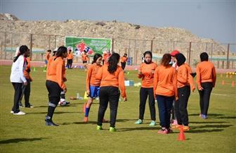 ختام دورة مدربات الكرة النسائية | صور