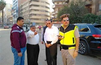 محافظ الشرقية يقود حملة مرورية لضبط سيارات الأجرة والسرفيس المخالفة | صور