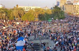 آلاف العراقيين يواصلون التظاهر في ساحة التحرير ببغداد