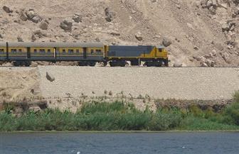 أغرب قضايا السكة الحديد منذ 116 سنة.. مواطن يوقف قطارا أثناء سيره ليذهب لبلدته | صور