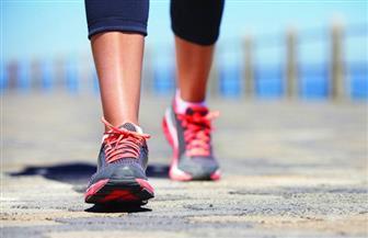 المشي 15 دقيقة إضافية يوميا.. قد يعزز الاقتصاد العالمي