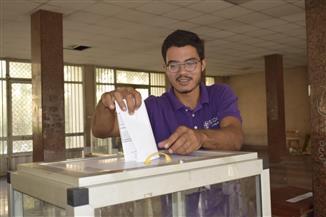 إقبال متوسط على انتخابات الاتحادات الطلابية بجامعة المنصورة| صور