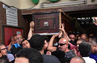 تشييع جنازة هيثم أحمد زكي من مسجد مصطفى محمود.. والدفن بطريق الواحات |صور