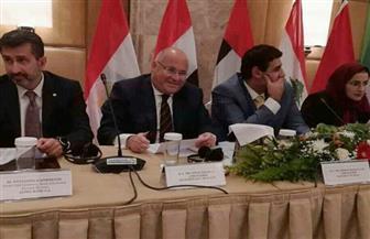 سفير مصر في اليونان يشارك في فعالية لمناقشة فرص التجارة والاستثمار بين اليونان والبلدان العربية