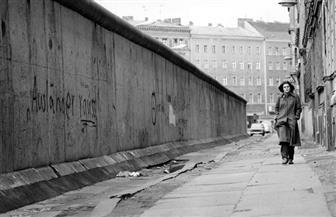 استطلاع: 76 بالمئة من الألمان يعدون سقوط سور برلين ضربة حظ