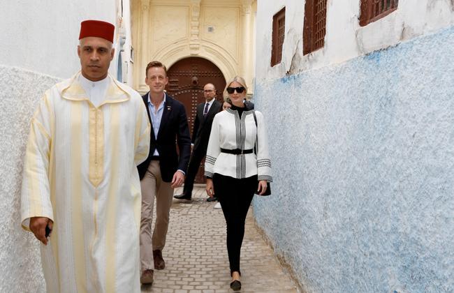 إيفانكا ترامب تخطف الأنظار بالزي المغربي خلال زيارتها للرباط  صور -