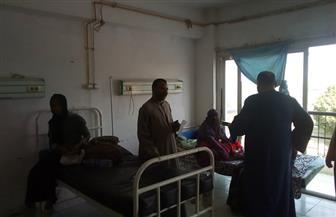 توزيع حلوى المولد على مرضى مستشفيات أسوان | صور