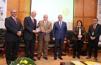 رئيس جامعة المنوفية يفتتح فعاليات المؤتمر السنوي الـ26 لكلية الطب | صور