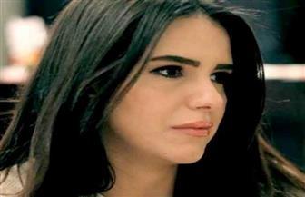 """""""دنيا عبد العزيز"""" تشعل السوشيال ميديا بفيديو """"قبلة عمر الشريف"""""""