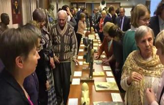 معرض عن الحضارة المصرية بموسكو للمكفوفين.. وتجهيز المعروضات بطريقة برايل |فيديو وصور