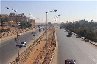 رئيس جهاز 6 أكتوبر: استحداث طريق جديد بعرض 3 حارات مرورية بكل اتجاه ورفع كفاءة طريق الواحات | صور