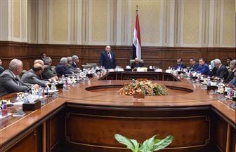 رئيس البرلمان يلتقي بأعضاء لجنة الدفاع والأمن القومي