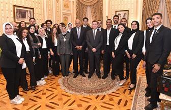 علي عبد العال يلتقى عددا من طلبة المدارس والجامعات | صور