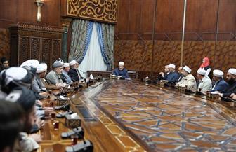 الإمام الأكبر: خطاب الأزهر رسالة سلام للعالم.. وتدريب الأئمة لمواجهة المتطرف في مقدمة أولوياتنا | صور
