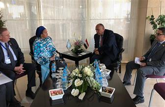 وزير الخارجية يلتقي نائبة أمين عام الأمم المتحدة على هامش منتدى أسوان للسلام