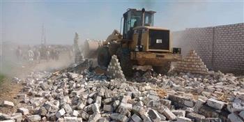 إزالات فورية لـ105 حالات تعد وبناء مخالف بسوهاج |صور