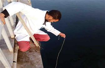 إعادة تشغيل محطتي مياه بعد مرور بقعة الزيت المتسربة بنهر النيل بسوهاج | صور