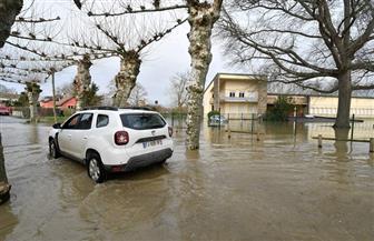 رياح عاتية في فرنسا تقطع الكهرباء عن عشرات آلاف المنازل