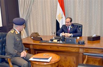 الرئيس السيسي يستقبل وزير الدفاع والإنتاج الحربى