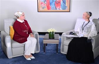 """قرينة الرئيس السيسي: مقابلة """"صوفيا"""" والتحدث معها والاستماع لردودها الذكية تجربة استثنائية جديدة"""