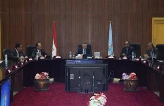 محافظ البحر الأحمر يلتقي بأعضاء لجنة النقل والمواصلات بمجلس النواب |صور