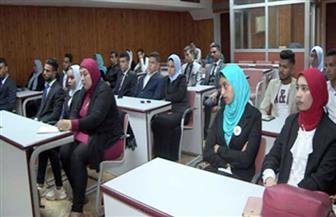 طلبة جامعة عين شمس في زيارة لقطاع مكافحة المخدرات للتعرف على دوره