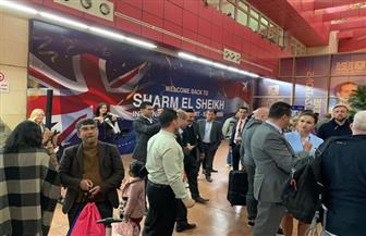 بعد توقف ٤سنوات.. مطار شرم الشيخ يستقبل ١٦٨ سائحًا بريطانيًا| صور