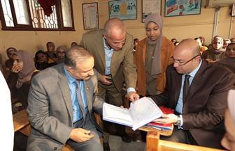 محافظ بني سويف الجديد يبدأ جولاته الميدانية بمتابعة العملية التعليمية بإحدى المدارس | صور