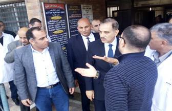 محافظ كفرالشيخ يزور مستشفى الحميات ومحطة كهرباء القنطرة البيضاء | صور
