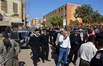 سكرتير محافظة الأقصر يقود أكبر حملة لرفع الإشغالات وإزالة التعديات بمدينة إسنا|صور