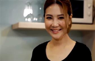 طاهية ماليزية محترفة جنت الشهرة والمال من خلال ترويج وصفاتها في الطبخ عبر الإنستجرام | فيديو
