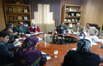 """""""عائلة مصرية بلا أمية"""" خطة لمركز خدمات تعليم الكبار بجامعة المنصورة"""