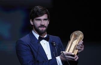 """أليسون بيكر يحصد جائزة """"ليف ياشين"""" الأولى لأفضل حارس مرمى في العالم"""