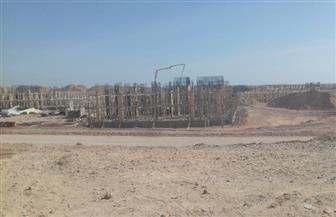 """الإسكان: بدء صب الخرسانة المسلحة لعمارات مشروع """"JANNA"""" بمدينة ملوي الجديدة"""