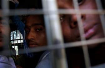 روهينجا يبكون بمحكمة في ميانمار بعد اتهامهم بالسفر دون وثائق