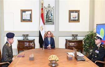 الرئيس السيسي يعقد اجتماعا مع وزير الدفاع وقائد القوات البحرية