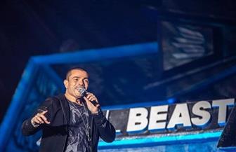 عمرو دياب يختتم مهرجان ميدل بيست بحفل مبهر| صور