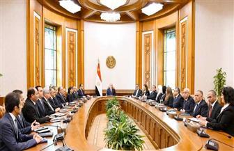 الرئيس السيسي يجتمع مع مدبولي والوزراء عقب أدائهم اليمين الدستورية