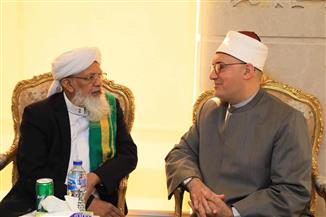 """أمين """"البحوث الإسلامية"""" يلتقي شيخ الجامعة النورية العربية بالهند.. ويبحثان سبل التعاون العلمي المشترك"""