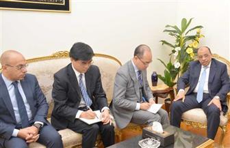 وزير التنمية المحلية يبحث صناعة أتوبيسات النقل الجماعي مع شركة  يوتونج الصينية   صور
