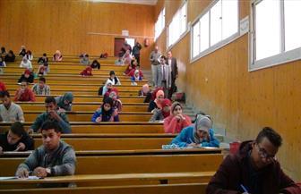 57 ألف طالب وطالبة يؤدون امتحانات الفصل الدراسي الأول بجامعة جنوب الوادي وفروعها