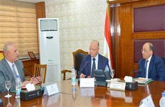 وزير التنمية المحلية يجتمع بمحافظ القاهرة للعمل على تطوير خدمات النقل العام