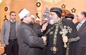 وزير الأوقاف يهنئ البابا تواضروس بعيد الميلاد | صور